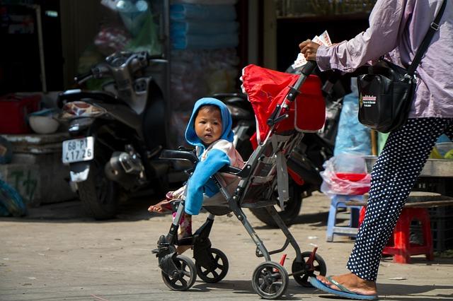 dítě v kočárku.jpg